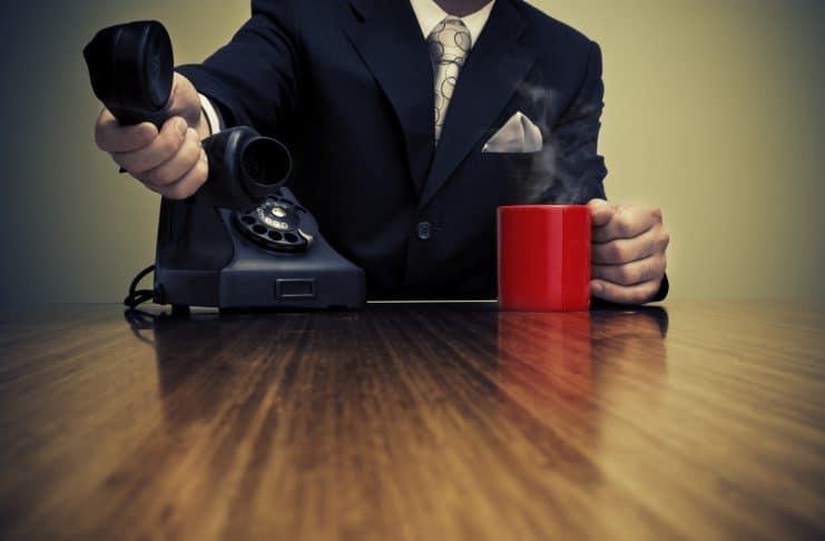 6-atitudes-que-ajudam-a-perder-vendas-741x486 Home Page